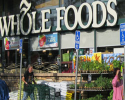 Whole Foods to Label Genetically Modified Foods