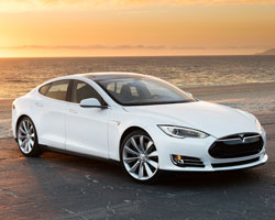"Tesla's Model S the ""Car of the Year"""