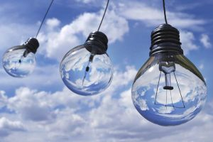 Credit: Pexels, https://www.pexels.com/de/foto/ball-elektrisch-elektrizitat-energie-207489/
